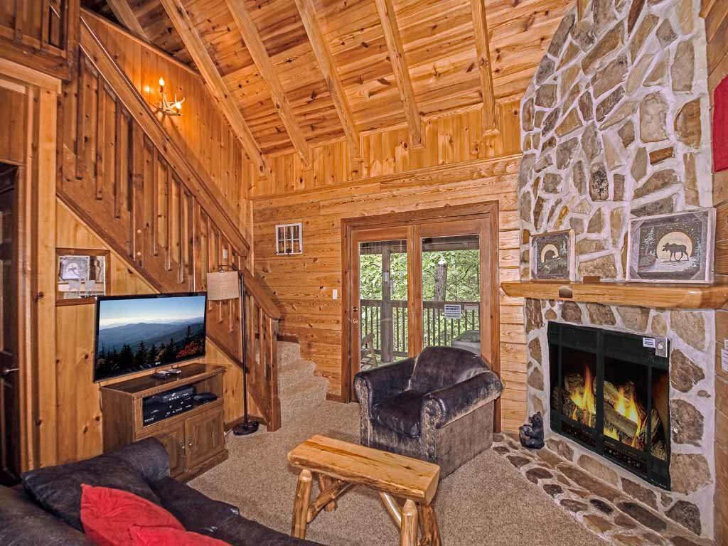 Photo of a Gatlinburg Cabin named Doe's Den - This is the fifth photo in the set.