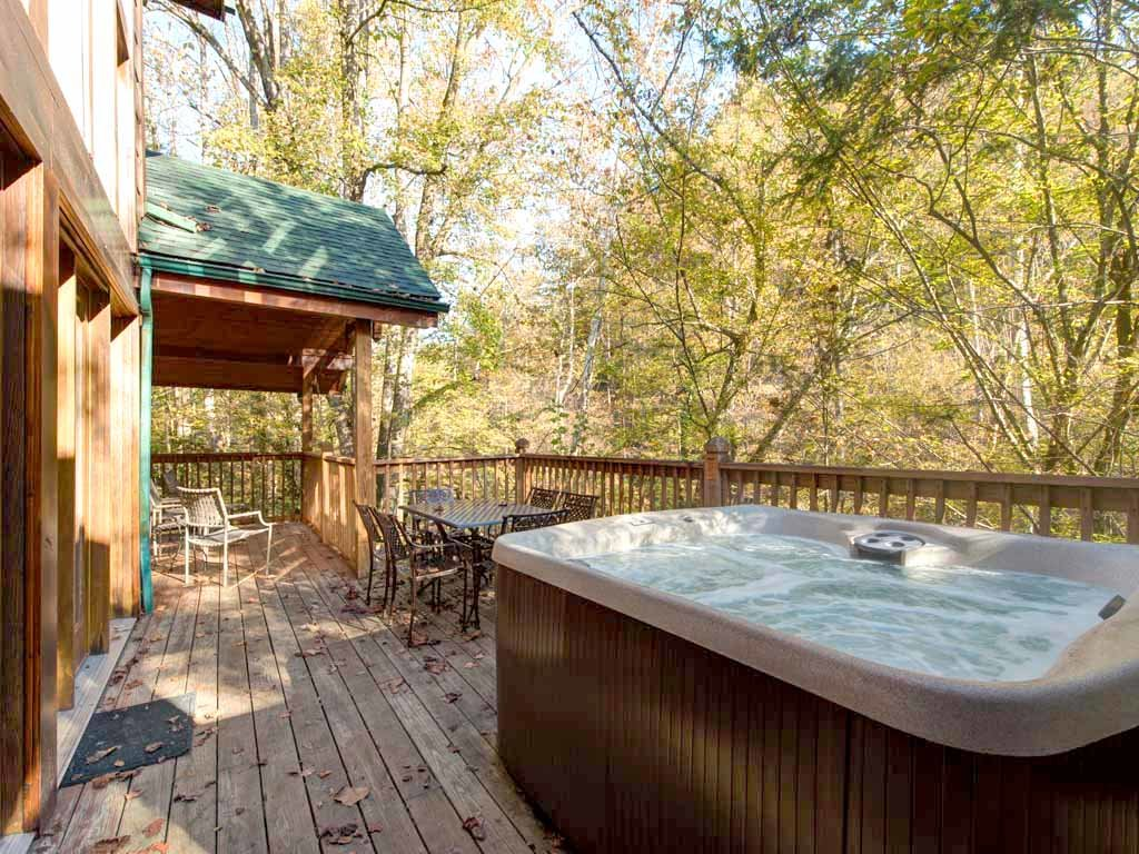 Photo of a Gatlinburg Cabin named Rivers Edge - This is the second photo in the set.