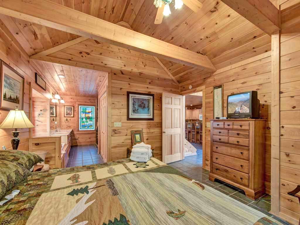 Photo of a Gatlinburg Cabin named Rivers Edge - This is the sixteenth photo in the set.