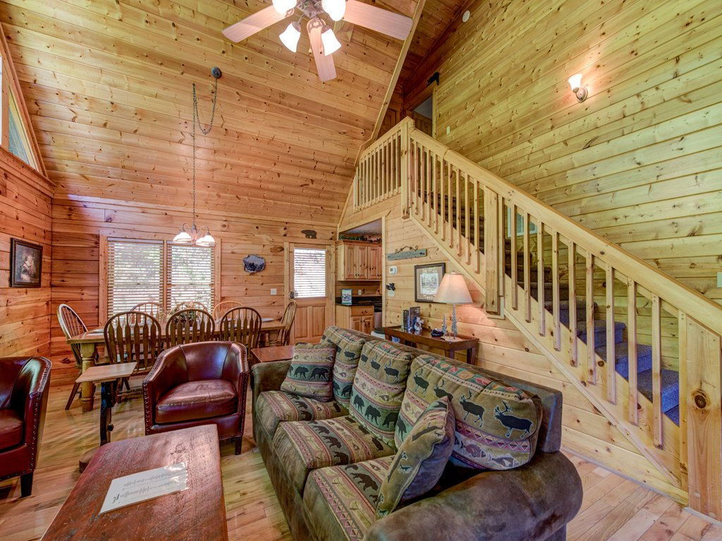 Photo of a Gatlinburg Cabin named Bear's Corner - This is the fifth photo in the set.