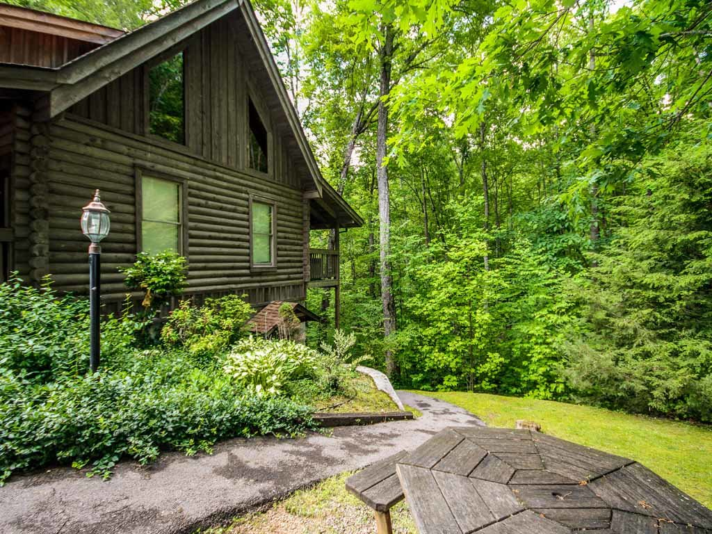 Photo of a Gatlinburg Cabin named Doe's Den - This is the twenty-third photo in the set.