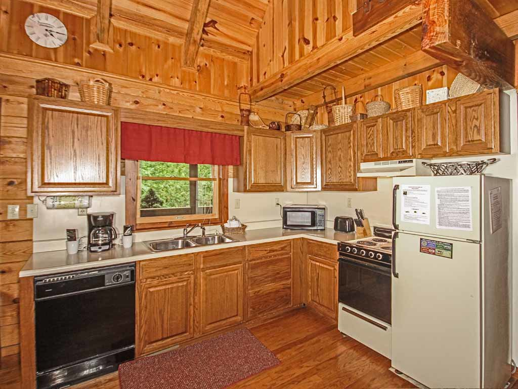 Photo of a Gatlinburg Cabin named Doe's Den - This is the eighth photo in the set.