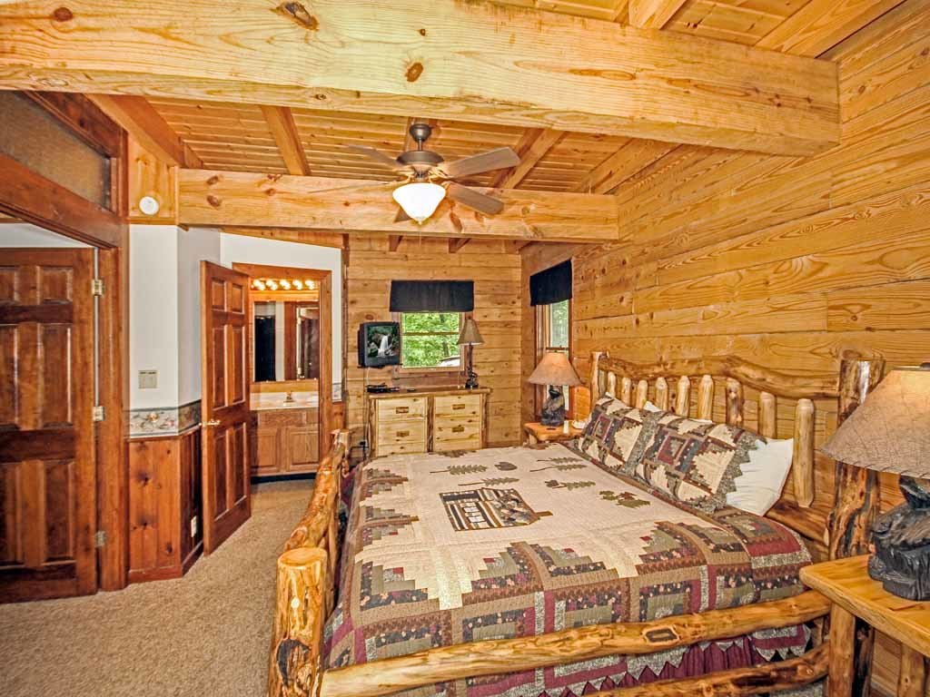 Photo of a Gatlinburg Cabin named Doe's Den - This is the eleventh photo in the set.