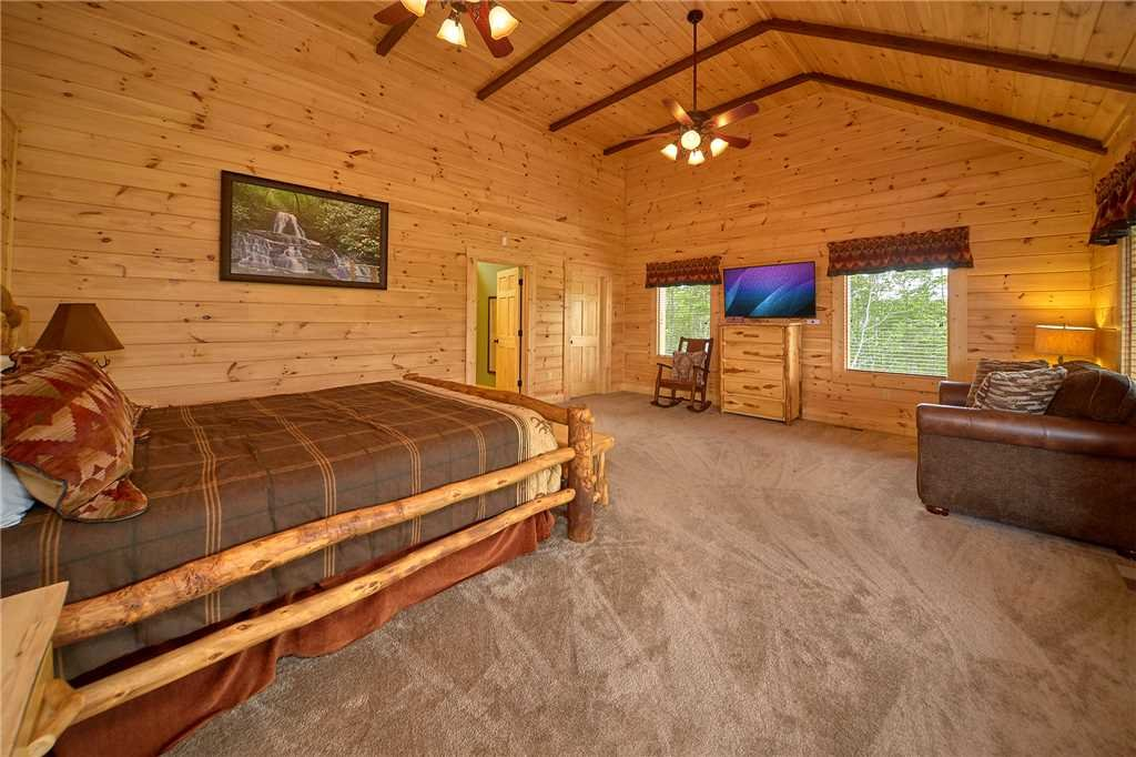 Photo of a Gatlinburg Cabin named Star Dancer - This is the nineteenth photo in the set.