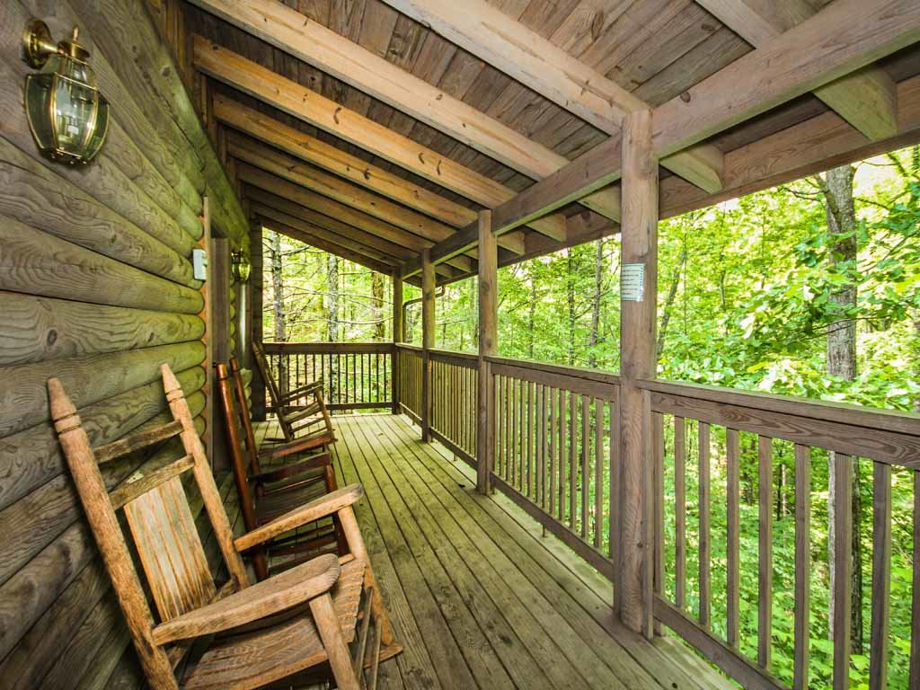 Photo of a Gatlinburg Cabin named Doe's Den - This is the twenty-first photo in the set.