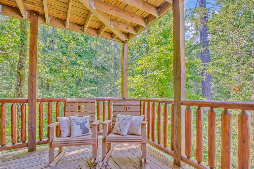 Photo of a Gatlinburg Cabin named Mountain Dreams Ii - This is the twenty-fifth photo in the set.