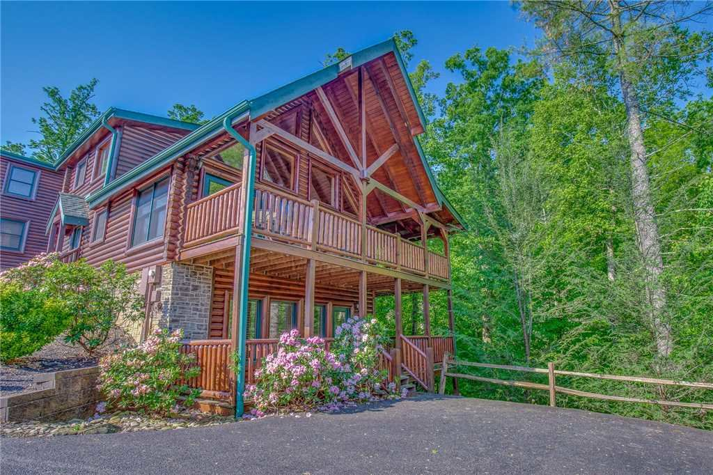 Photo of a Gatlinburg Cabin named Mountain Dreams Ii - This is the twenty-third photo in the set.