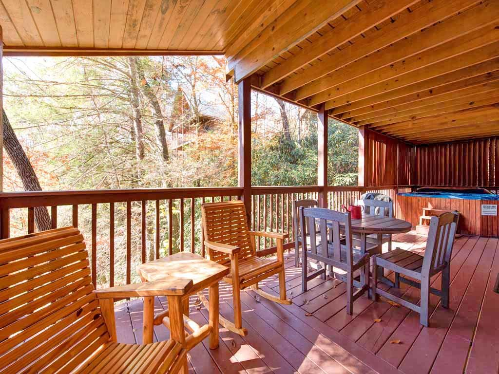 Photo of a Gatlinburg Cabin named Mountain Haven - This is the second photo in the set.