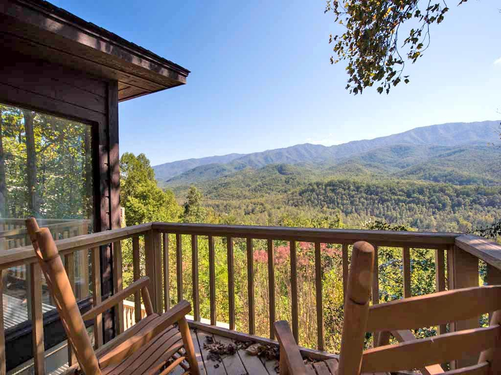 Woodshed cabin in gatlinburg w 2 br sleeps5 for Nuvola 9 cabin gatlinburg