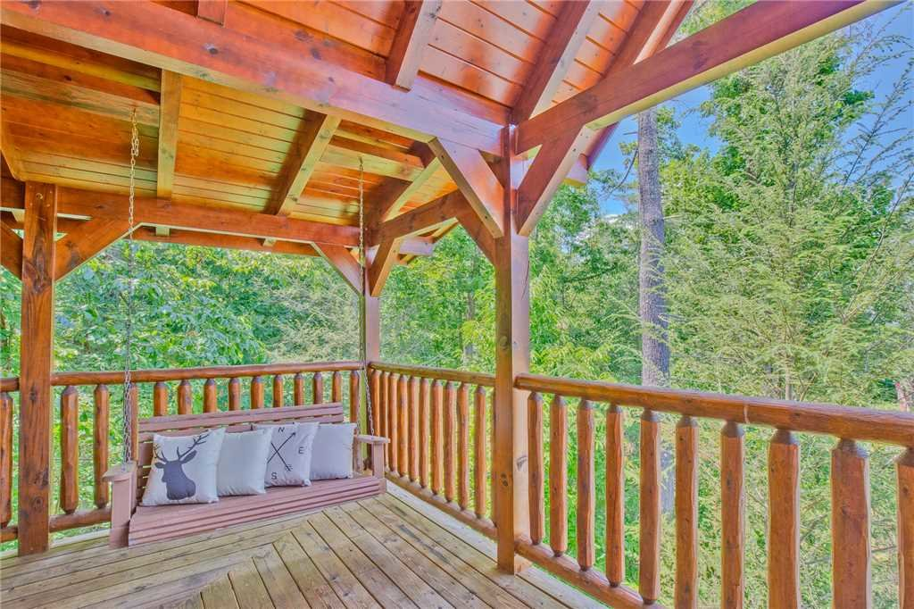 Photo of a Gatlinburg Cabin named Mountain Dreams Ii - This is the twenty-first photo in the set.