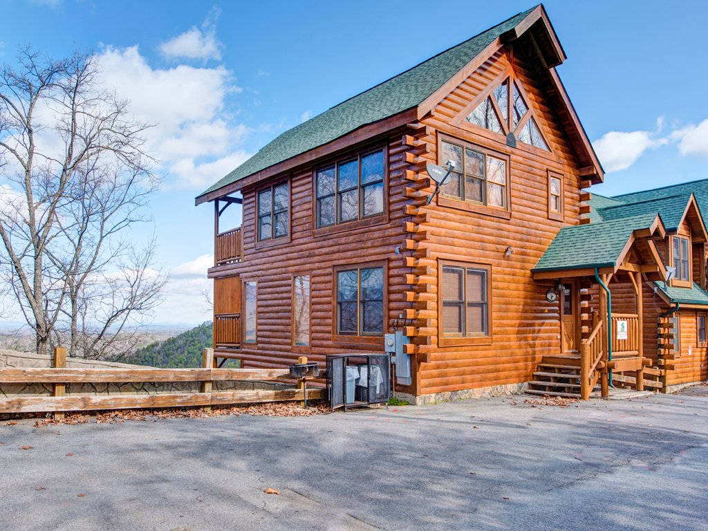 Photo of a Pigeon Forge Cabin named Rocky Top Retreat - This is the twenty-second photo in the set.