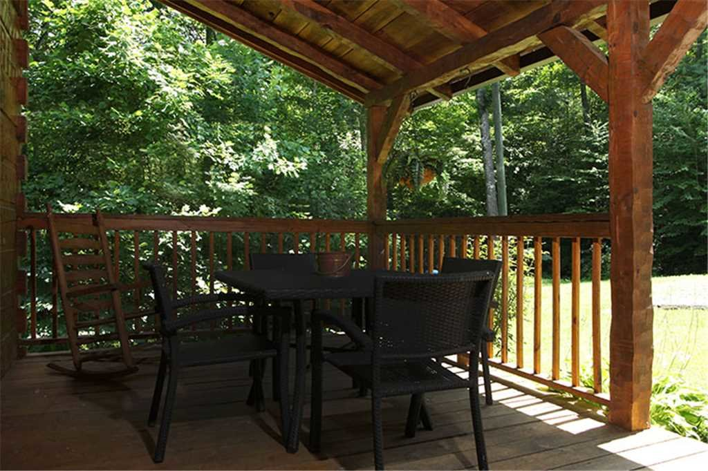 Photo of a Gatlinburg Cabin named Nature's Hideaway - This is the seventeenth photo in the set.