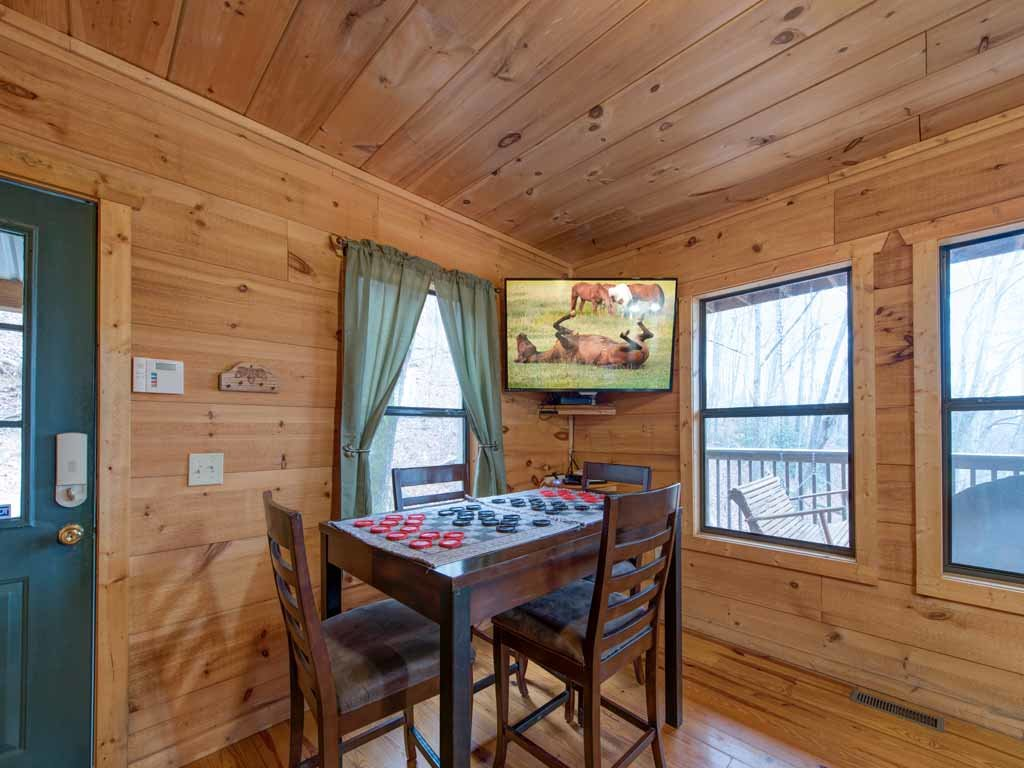 Photo of a Gatlinburg Cabin named Cozy Bear Ii - This is the eleventh photo in the set.