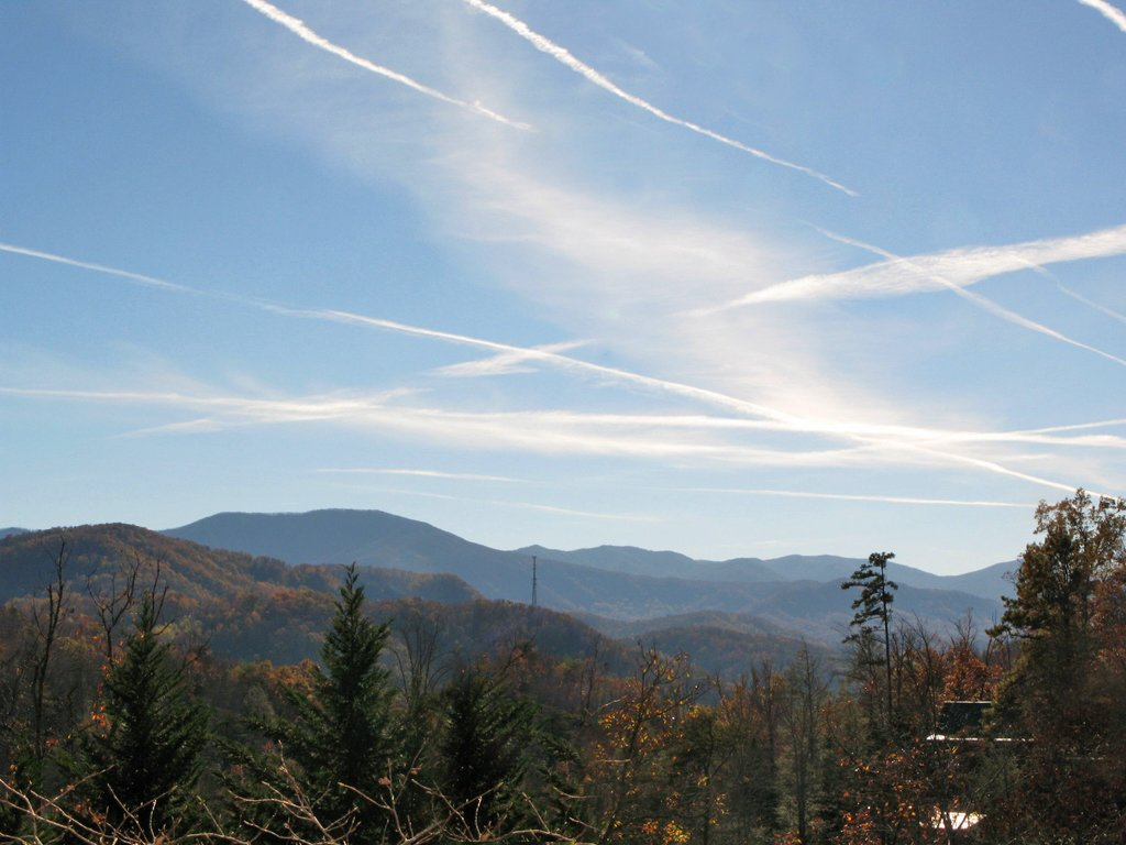 Photo of a Gatlinburg Cabin named Whisper Mountain - This is the eighteenth photo in the set.