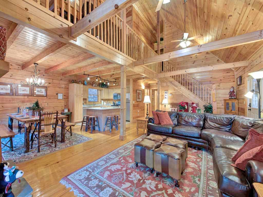 Photo of a Gatlinburg Cabin named Mountain Haven - This is the first photo in the set.