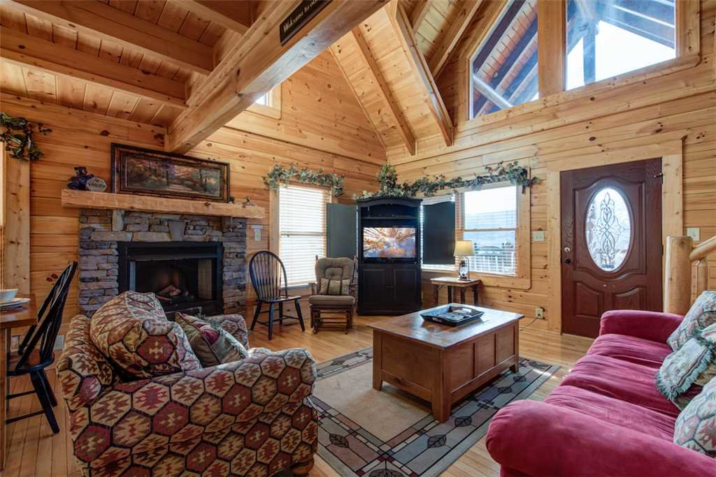 Photo of a Sevierville Cabin named Serenity Peak - This is the fifth photo in the set.