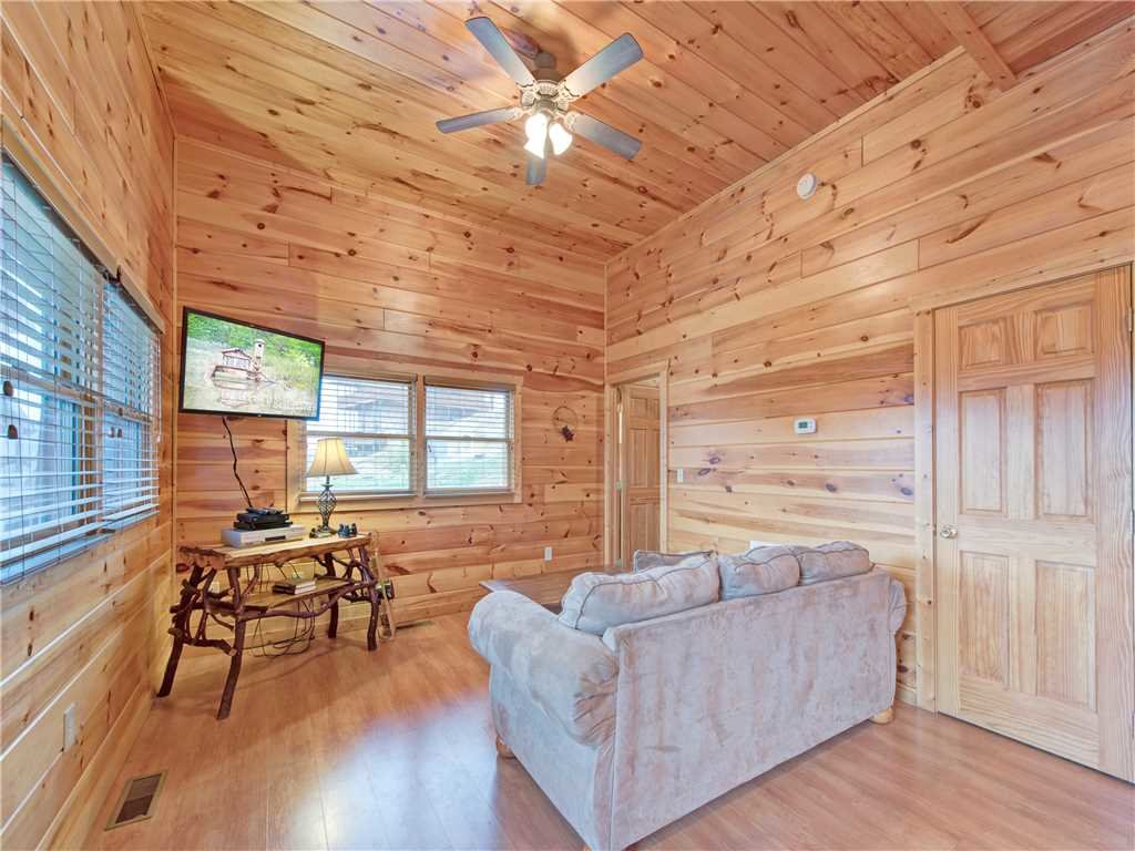 Photo of a Pigeon Forge Cabin named Starry Hope - This is the thirteenth photo in the set.