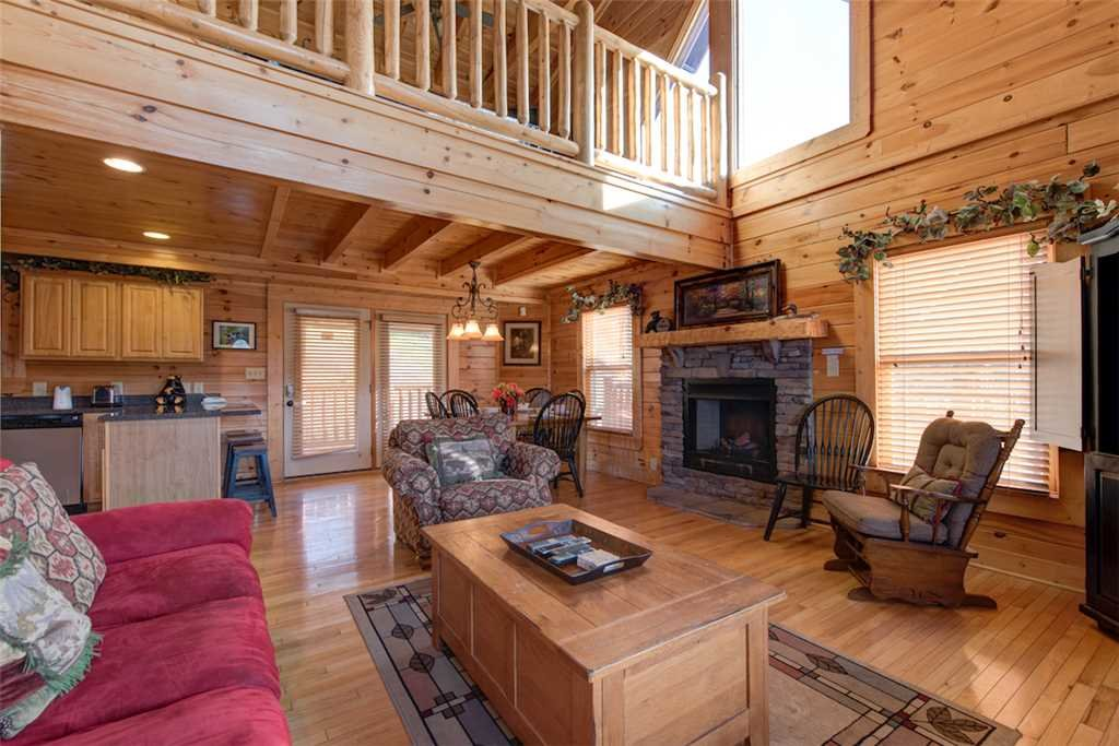 Photo of a Pigeon Forge Cabin named Serenity Peak - This is the first photo in the set.