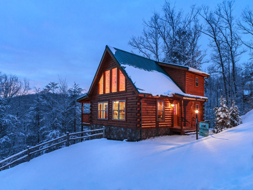Photo of a Gatlinburg Cabin named Chasin A Dream - This is the twenty-second photo in the set.