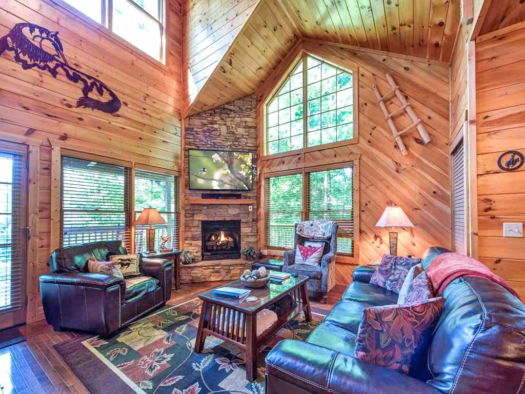 carolina rent pet rental tn tennessee pigeon near rentals in friendly cabin smoky gatlburg park national great for cheap houses forge mountains north cabins related post gatlinburg sale
