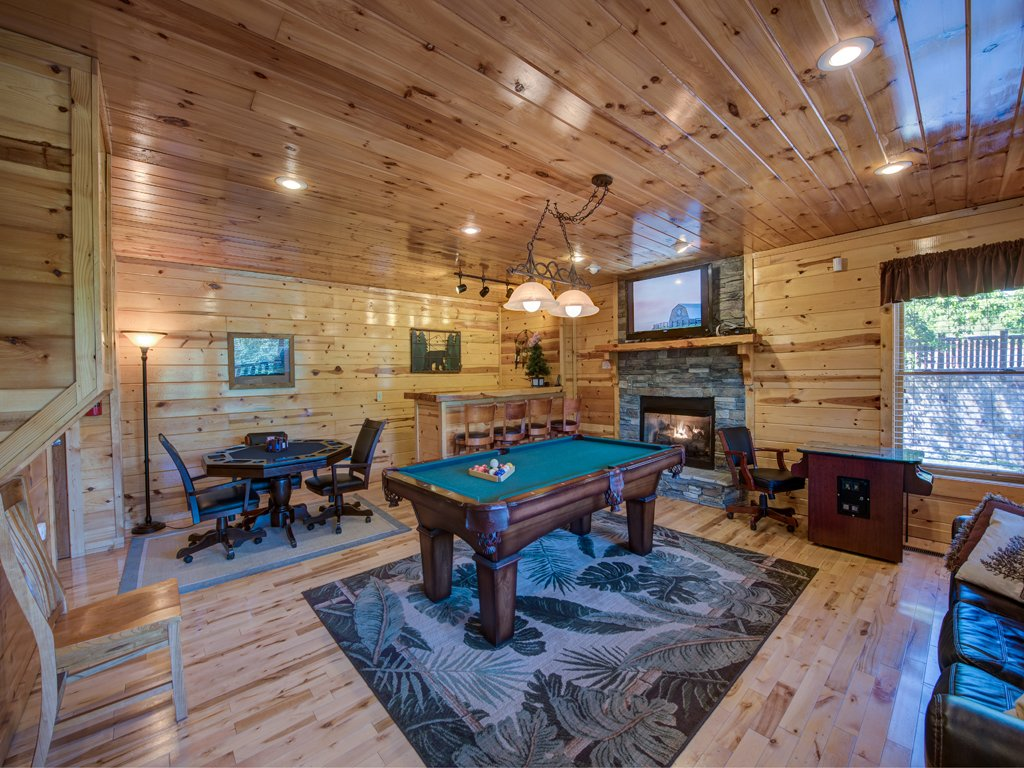 Photo of a Gatlinburg Cabin named Smoky Ridge View - This is the eighth photo in the set.