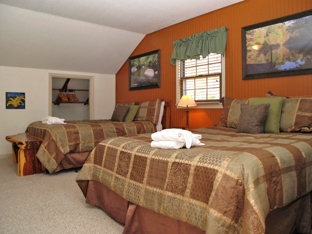 Photo of a Gatlinburg Cabin named Adventure Lodge - This is the twenty-first photo in the set.