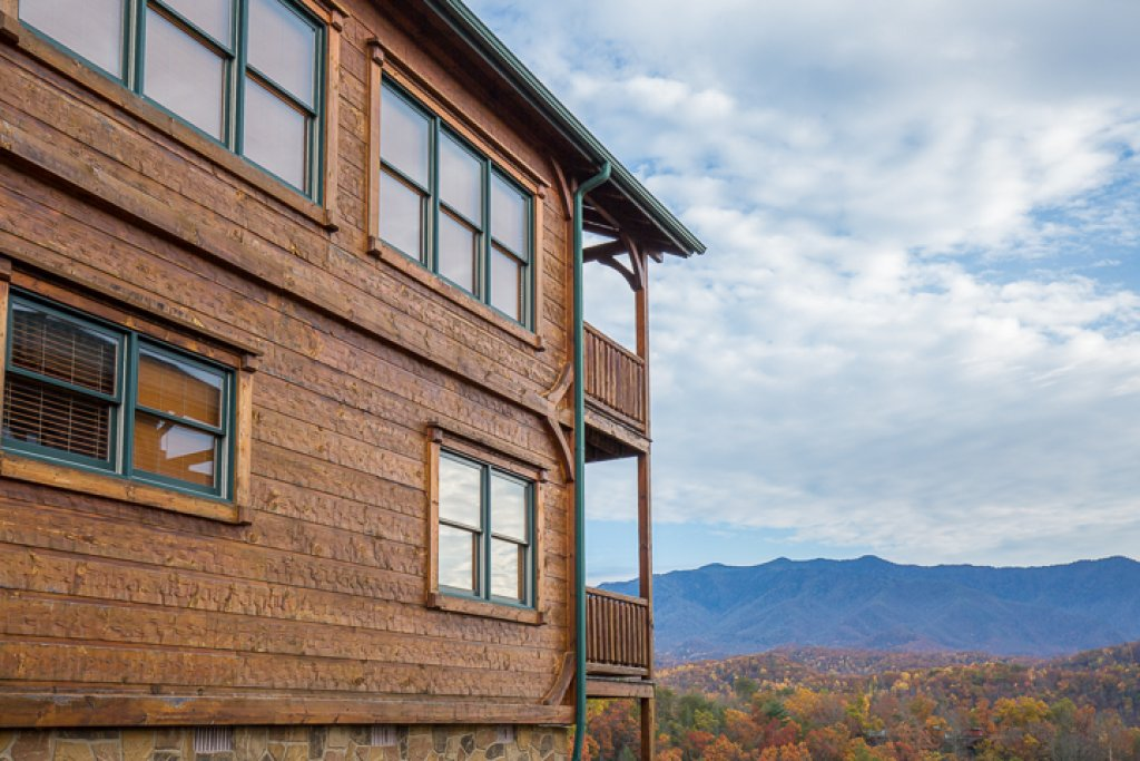Photo of a Gatlinburg Cabin named Million Dollar View - This is the twenty-second photo in the set.