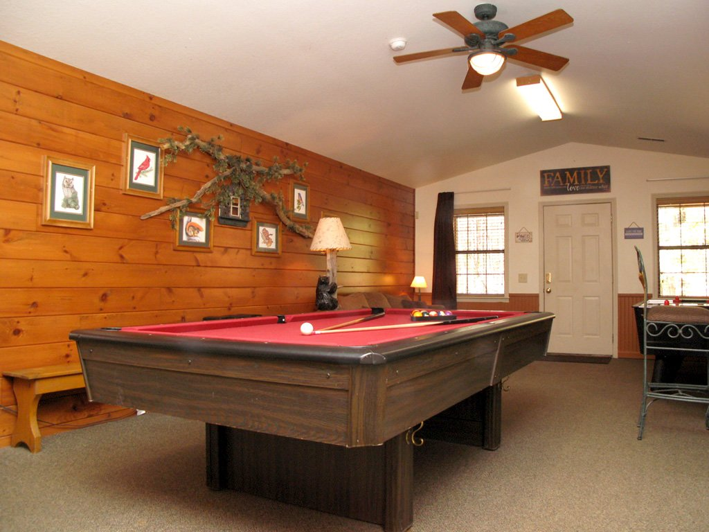 Photo of a Gatlinburg Cabin named Adventure Lodge - This is the eighth photo in the set.