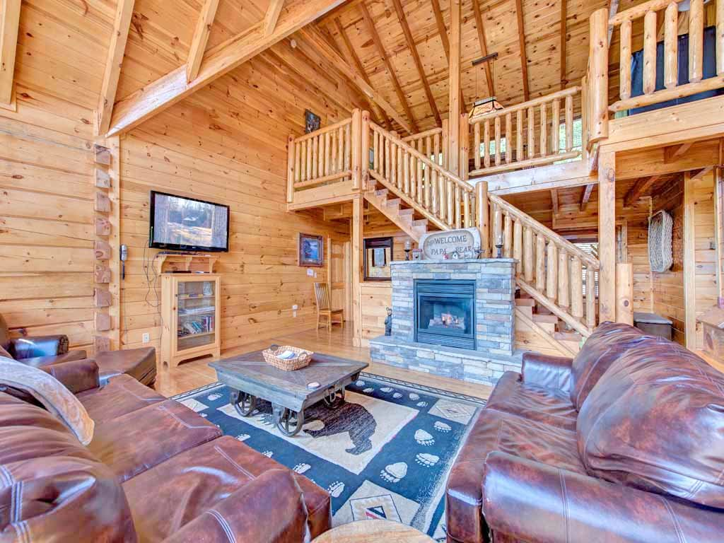 Papa Bear 39 S Lodge Cabin In Gatlinburg W 5 Br Sleeps22