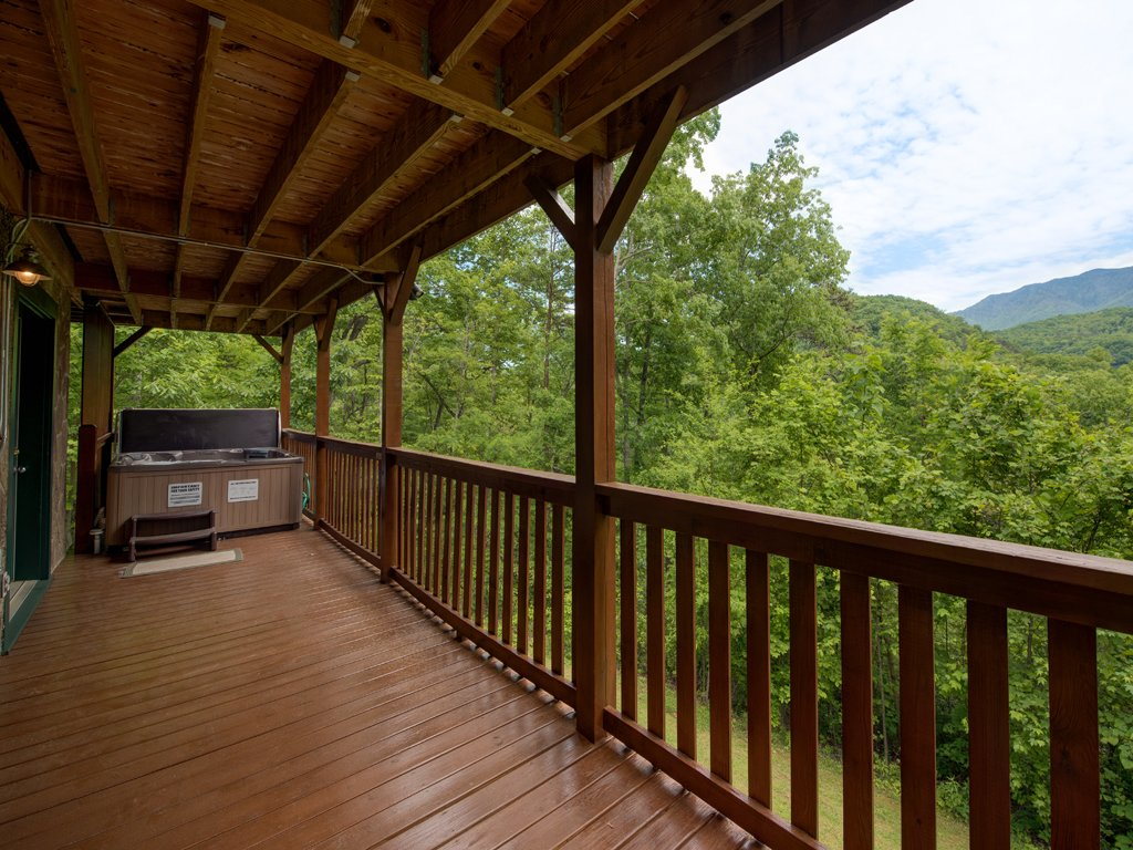 Photo of a Gatlinburg Cabin named Triple Mountain View - This is the twenty-third photo in the set.