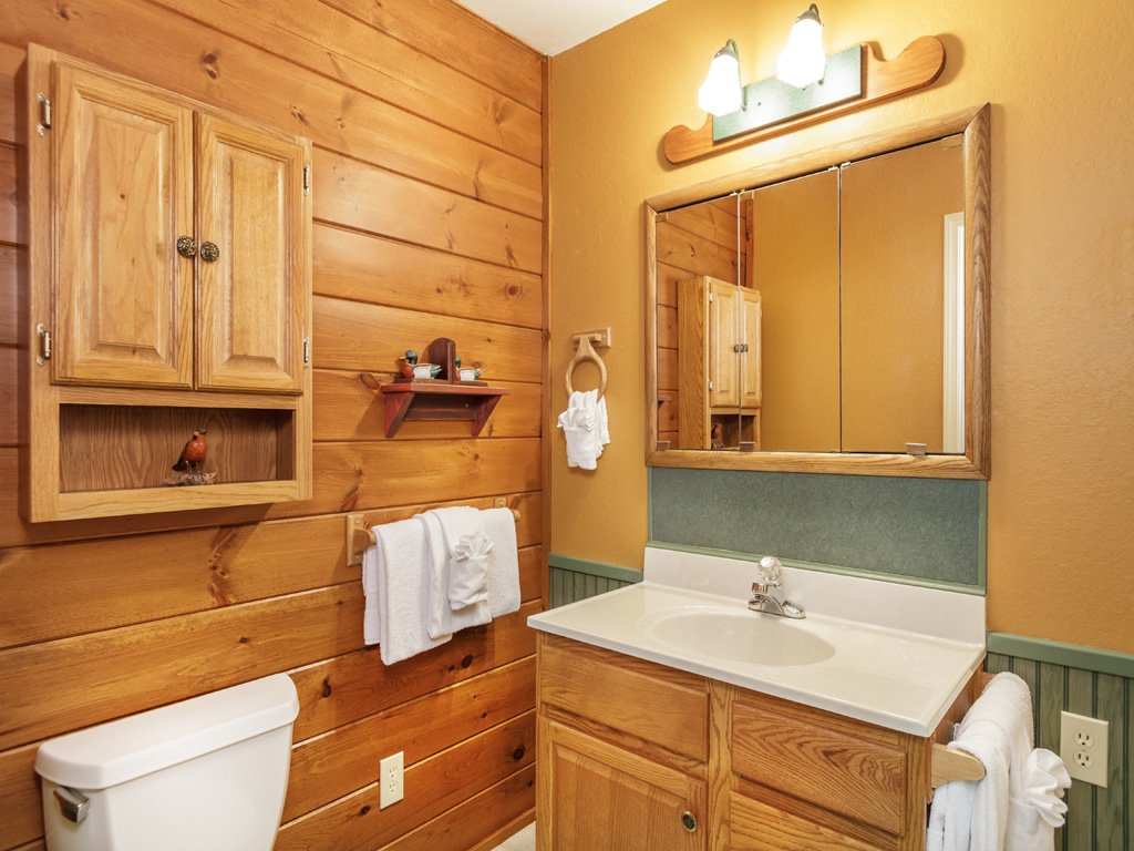 Photo of a Gatlinburg Cabin named Adventure Lodge - This is the thirteenth photo in the set.