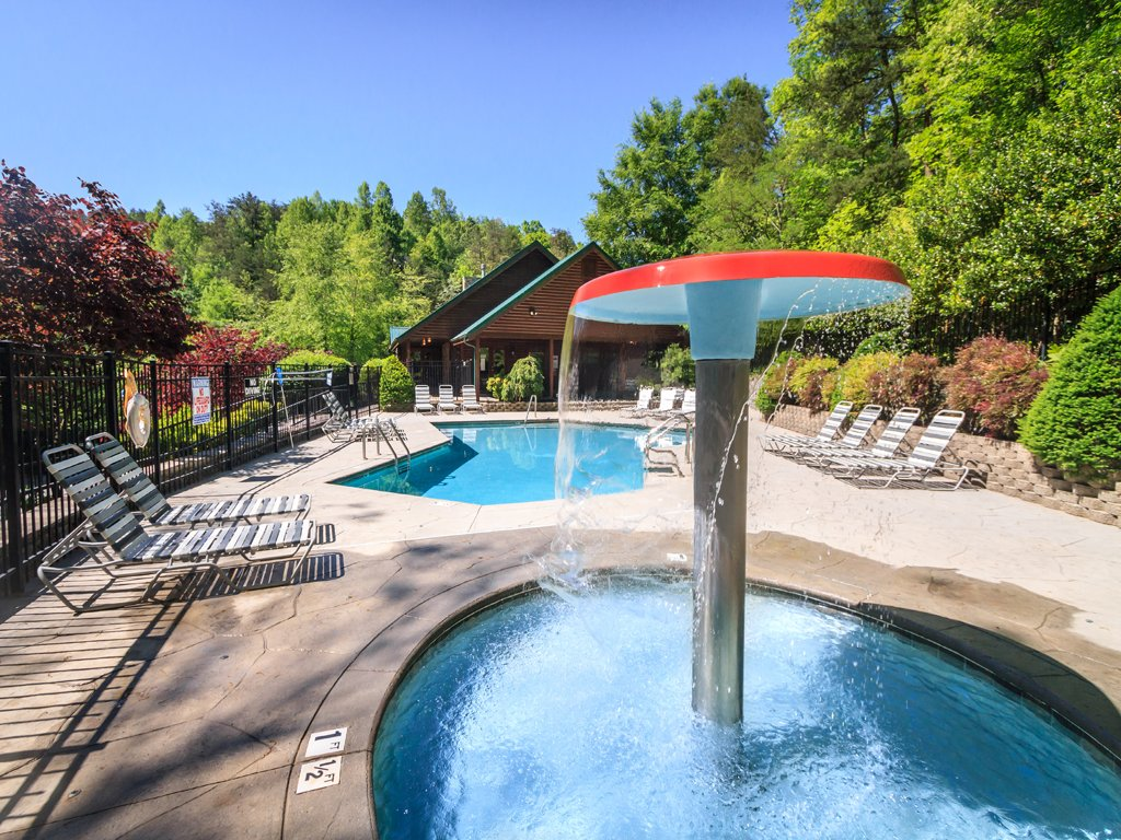 indoor lodge pools game plans in smoky papa africa hot cabin starry gatlinburg georgia cabins story me south room view mtn with curtain private pool bedroom near nights bears tn tub rentals outdoor single house mountain bedrooms sevierville