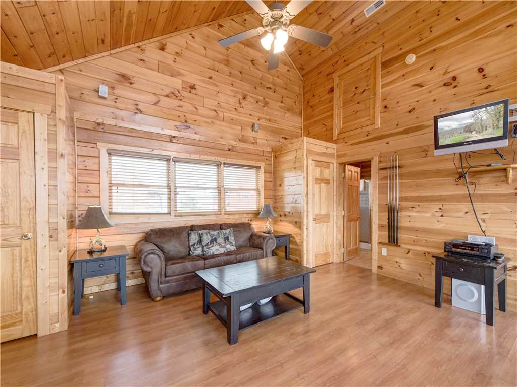 Photo of a Pigeon Forge Cabin named Starry Hope - This is the twelfth photo in the set.