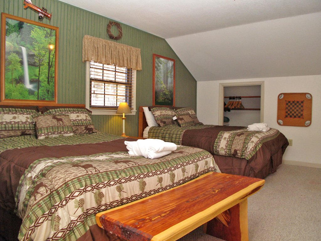 Photo of a Gatlinburg Cabin named Adventure Lodge - This is the twenty-fourth photo in the set.