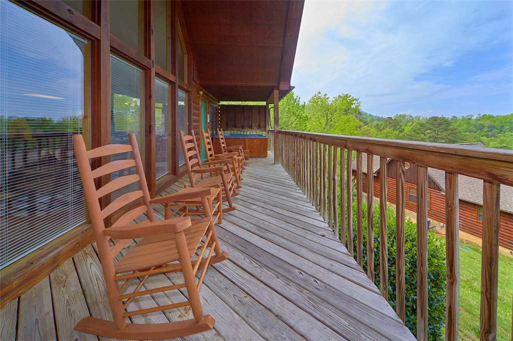 Photo of a Pigeon Forge Cabin named A Sunset To Remember - This is the seventeenth photo in the set.