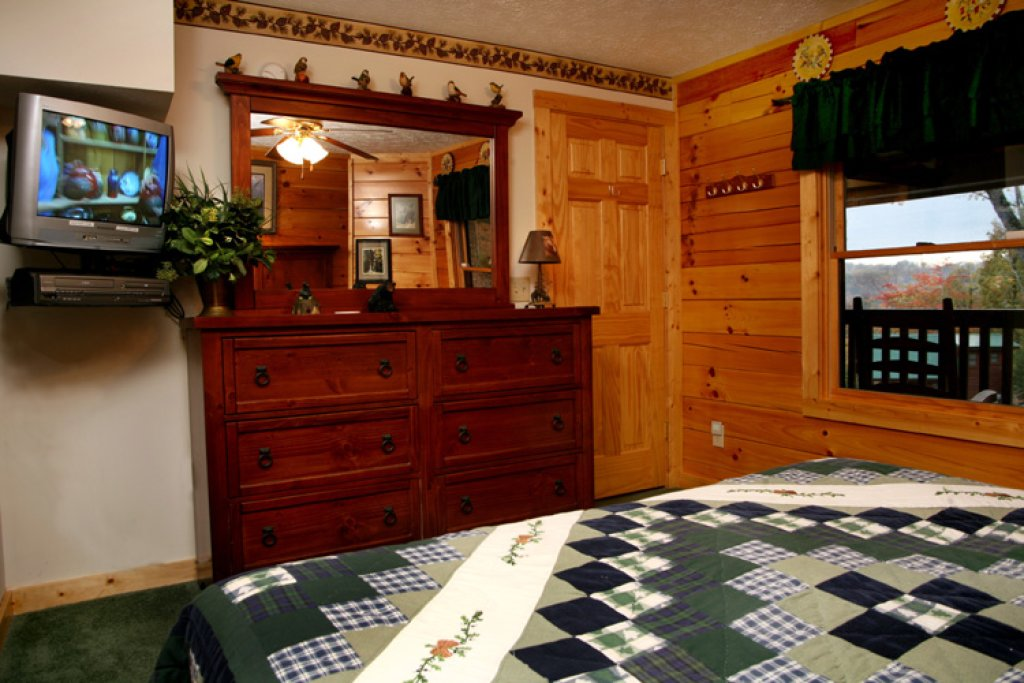 Photo of a Gatlinburg Cabin named Komfy Kozy - This is the fourteenth photo in the set.