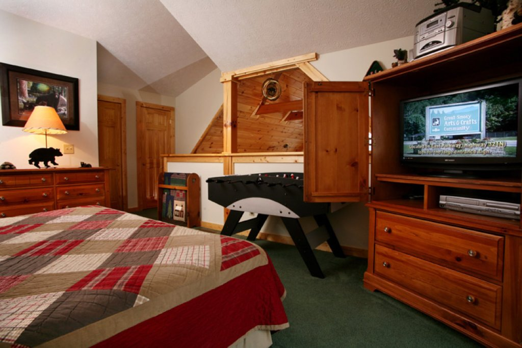 Photo of a Gatlinburg Cabin named Komfy Kozy - This is the sixteenth photo in the set.