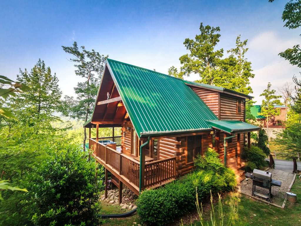 Photo of a Gatlinburg Cabin named Enchanted View Lodge - This is the twenty-second photo in the set.