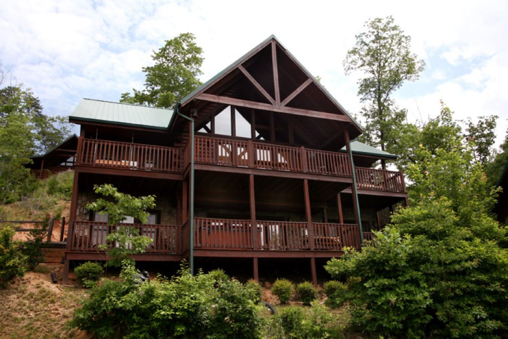 Bear Slide Cabin In Gatlinburg W 4 Br Sleeps10