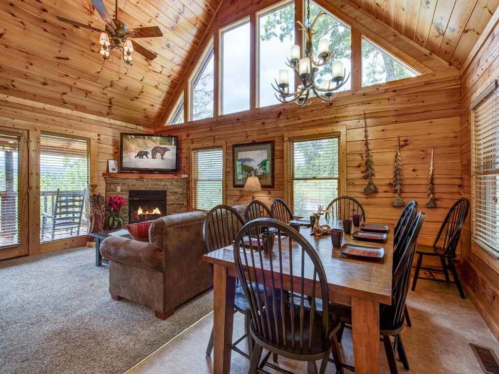 Photo of a Gatlinburg Cabin named Highpoint Escape - This is the sixth photo in the set.