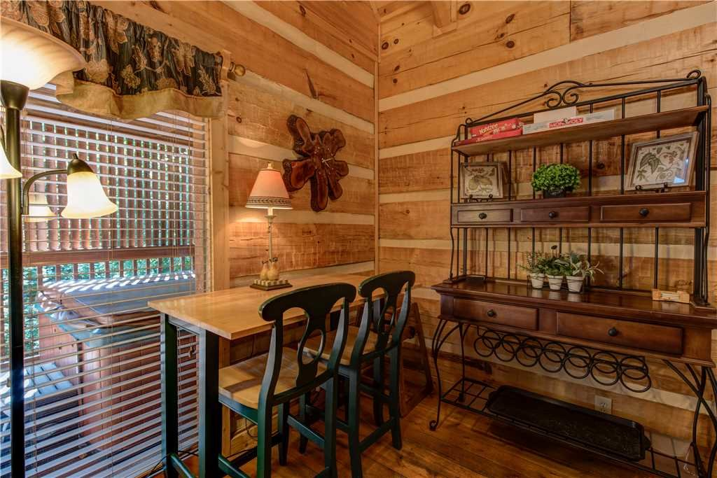 Photo of a Gatlinburg Cabin named Time For Two - This is the seventh photo in the set.