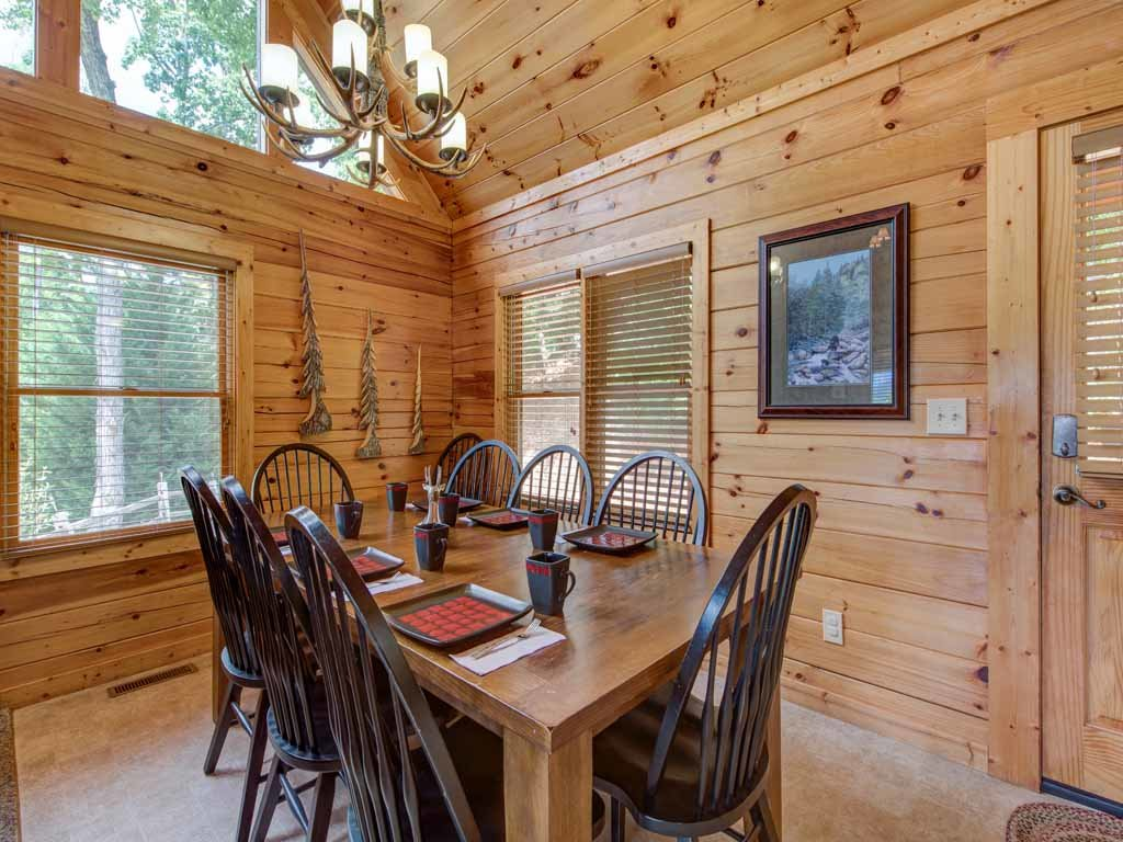Photo of a Gatlinburg Cabin named Highpoint Escape - This is the seventh photo in the set.