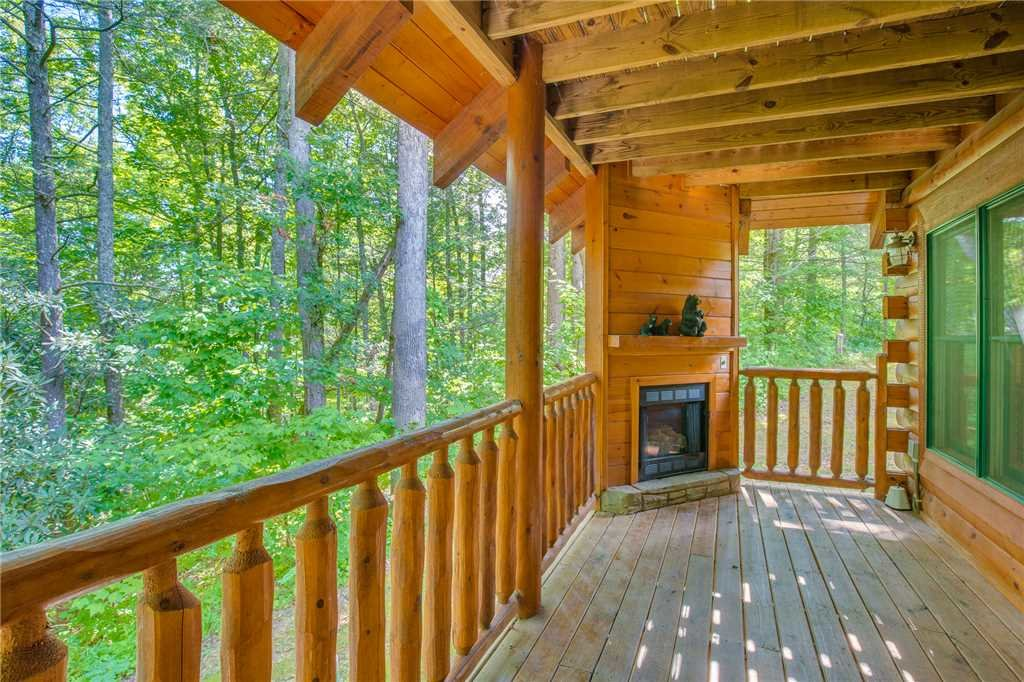 Photo of a Gatlinburg Cabin named Peyton's Hideaway - This is the twenty-third photo in the set.