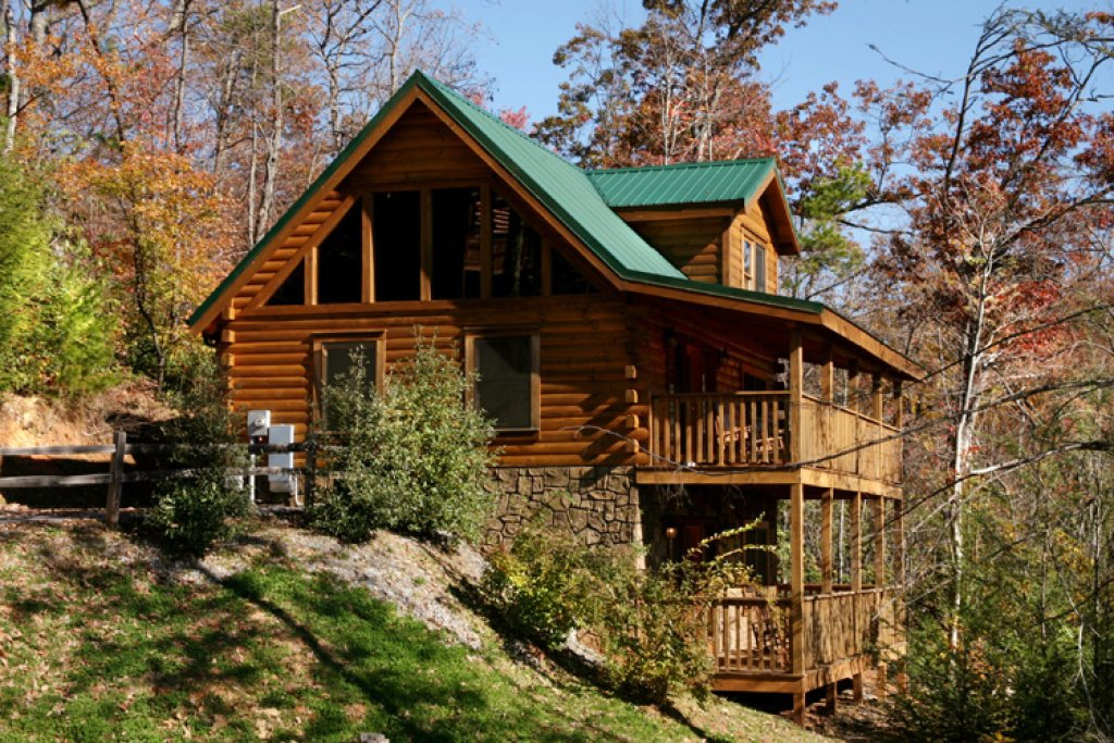 Photo of a Gatlinburg Cabin named Highpoint Escape - This is the twenty-third photo in the set.