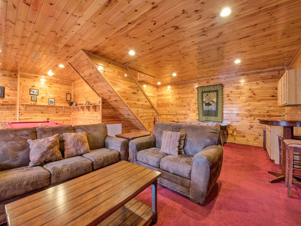Apple bear lodge cabin in gatlinburg w 4 br sleeps16 for Nuvola 9 cabin gatlinburg