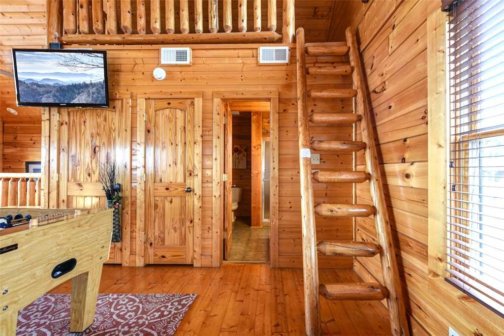 Photo of a Pigeon Forge Cabin named True Love - This is the eleventh photo in the set.
