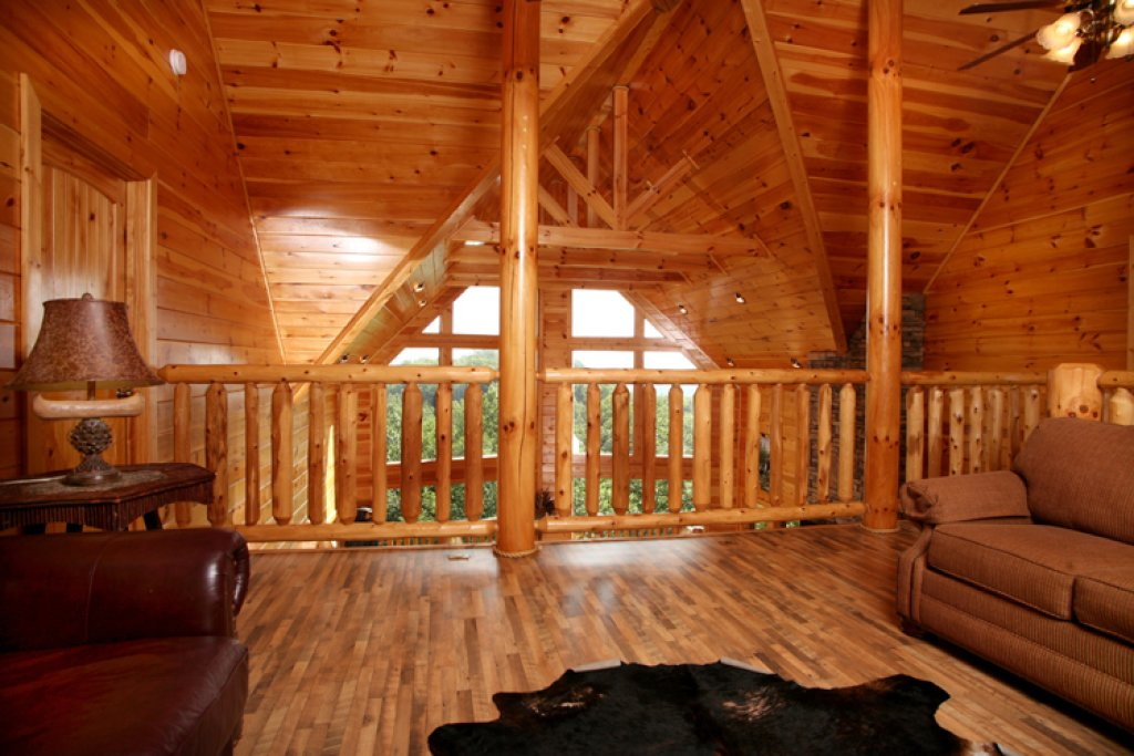 Photo of a Gatlinburg Cabin named Big Bear Lodge - This is the twentieth photo in the set.