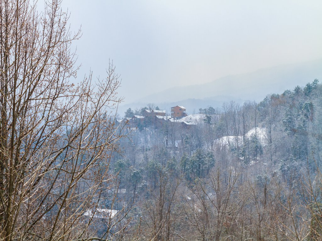Photo of a Gatlinburg Cabin named Smoky Bear Lodge - This is the sixteenth photo in the set.