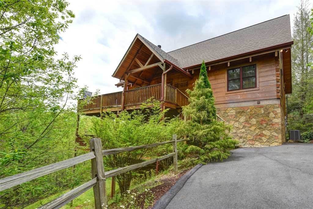 Photo of a Gatlinburg Cabin named Elkhorn Lodge - This is the twenty-second photo in the set.