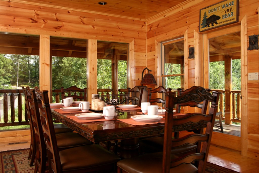 Photo of a Gatlinburg Cabin named Big Bear Lodge - This is the fourth photo in the set.